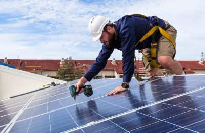 Top reasons to hire professional solar companies